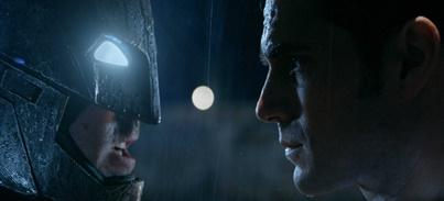 ¡Nuevo tráiler de Batman v Superman: El Amanecer de la Justicia!