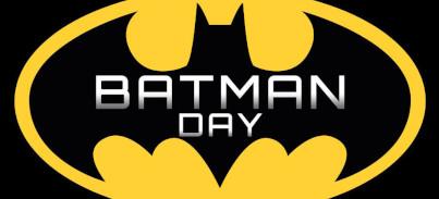 Batman Day 2021 – ¡La Batseñal ilumina el Toro de Osborne de Benidorm!