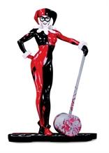 DC Collectibles - Harley Quinn: Red, White & Black - HARLEY QUINN de ADAM HUGUES