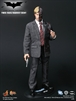 Hot Toys - TWO-FACE/HARVEY DENT The Dark Knight / Figura de acción escala 1/6
