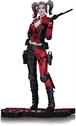 DC Collectibles - Harley Quinn: Red, White & Black - HARLEY QUINN Versión Injustice 2