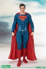 Kotobukiya - ArtFX+ - SUPERMAN Justice League / Estatua escala 1:10
